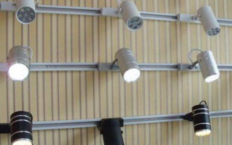轨道灯的安装方式有哪些?
