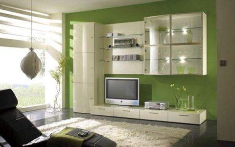让家里的大厅更有档次,电视柜要安装好